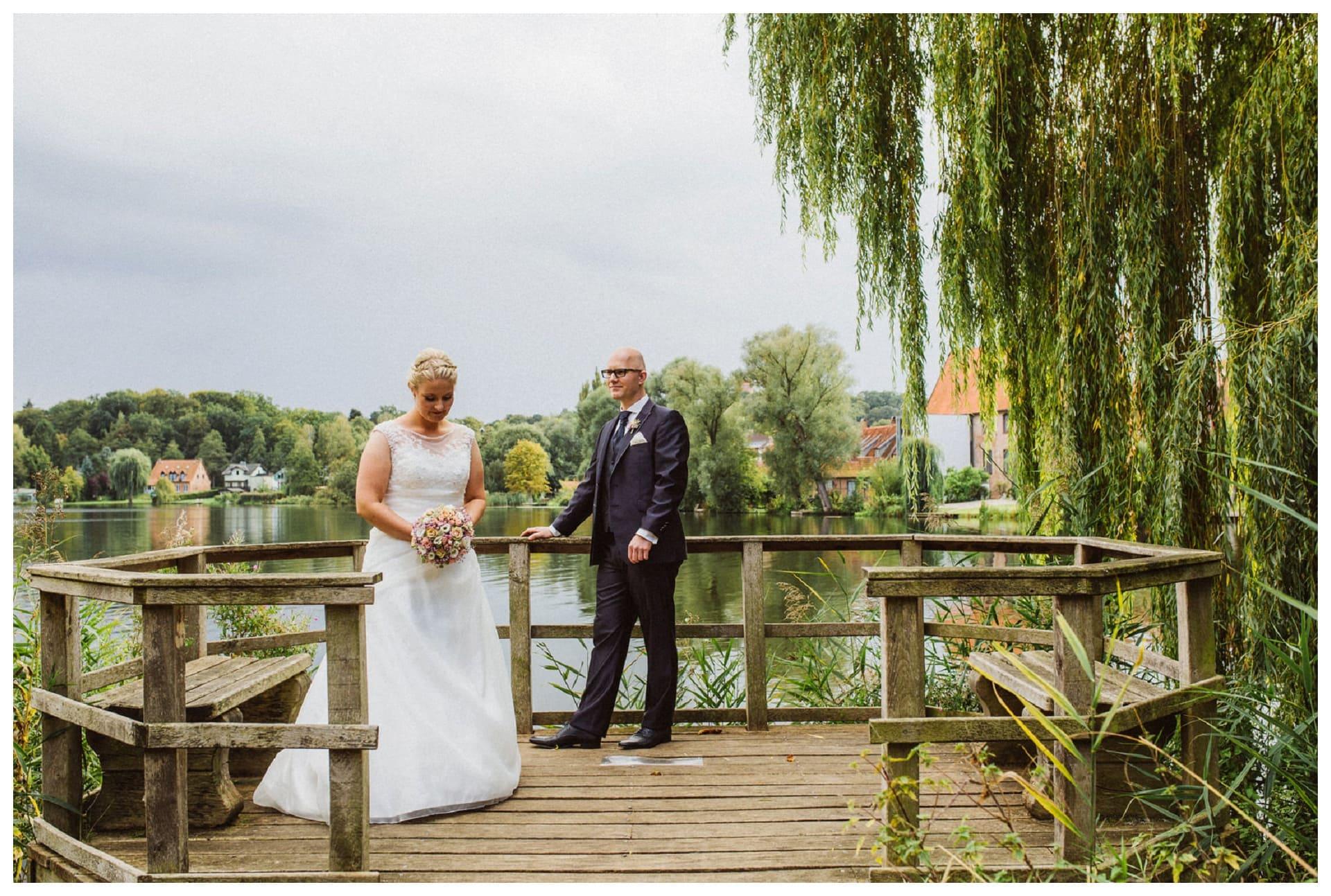 Hochzeitsfotograf Hotel Waldhof auf Herrenland Mölln, emotionale Hochzeitsreportagen in Lübeck Mööln, Scharbeutz, Travemünde www.studioamkanal.de